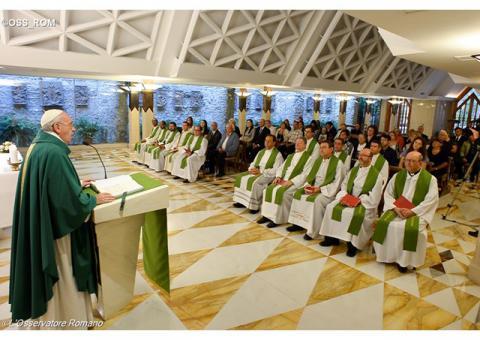 Папа: утішення християнина в Ісусі, а не в порожніх балачках